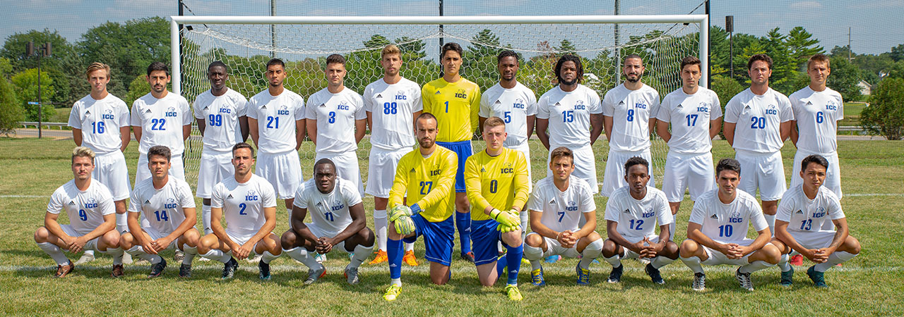 2017-2018 Men's Soccer Team Picture