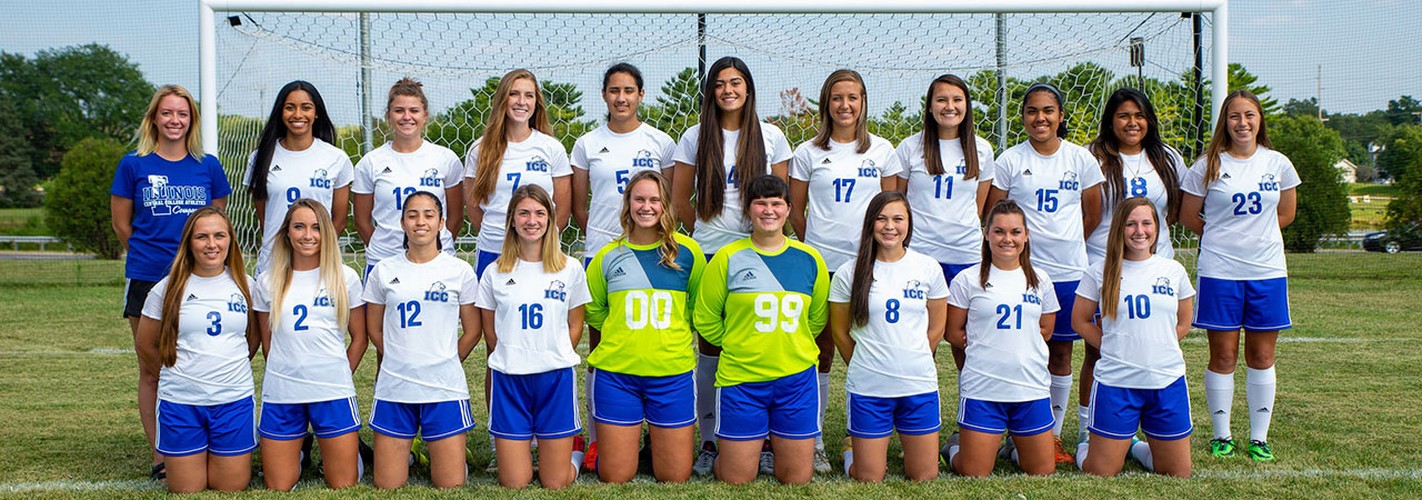 2017-2018 Women's Soccer Team Picture