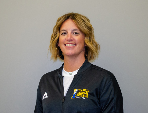 Coach Kelly Nieukirk — Volleyball